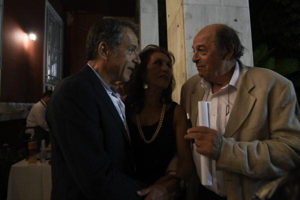 Ο Σταύρος μαζί με την Άννα Λυδάκη, μέλος της Επιτροπής Διαλόγου και τον φίλο και σκηνοθέτη Μανούσο Μανουσάκη στην Τελετή Αναγόρευσης του κ. Θεοδοσίου Π. Τάσιουσε Επίτιμο Διδάκτορα του Τμήματος Κοινωνιολογίας της Σχολής Κοινωνικών Επιστημών του Παντείου Πανεπιστημίου.